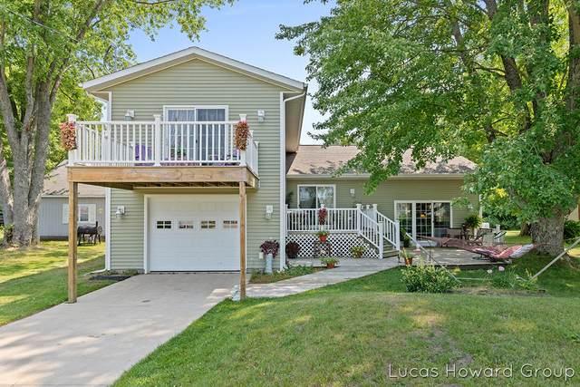 9247 E Francis Road, Hesperia, MI 49421 (MLS #21097065) :: Sold by Stevo Team | @Home Realty