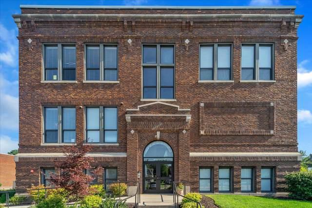 460 Broadway Street #206, South Haven, MI 49090 (MLS #21097123) :: Deb Stevenson Group - Greenridge Realty