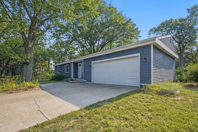 15922 Cedar Drive, Grand Haven, MI 49417 (MLS #21097243) :: Deb Stevenson Group - Greenridge Realty