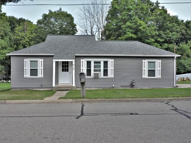 615 Escott Street, Big Rapids, MI 49307 (MLS #21097283) :: BlueWest Properties