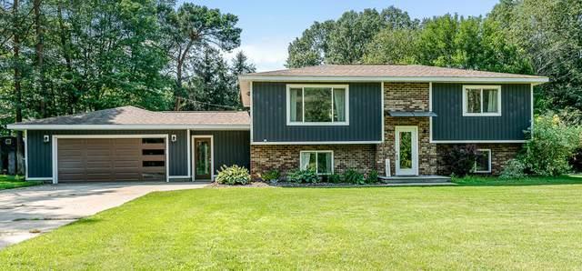 14081 Luckett Lane, Grand Haven, MI 49417 (MLS #21097304) :: Deb Stevenson Group - Greenridge Realty