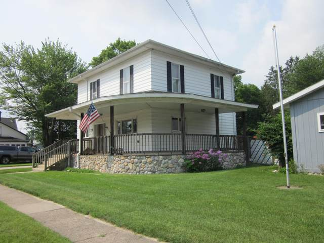 110 S 2nd Street, Lawrence, MI 49064 (MLS #21097474) :: Ron Ekema Team