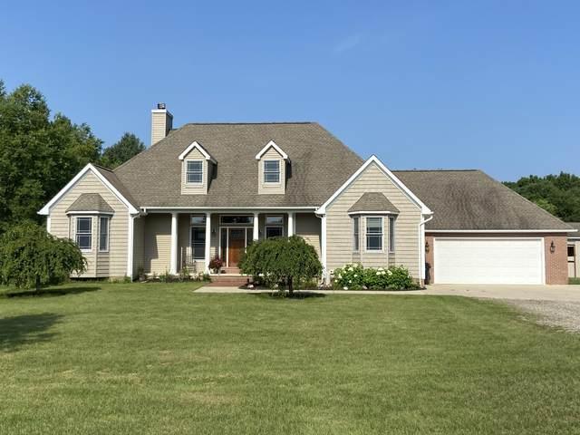 43664 County Road 665, Paw Paw, MI 49079 (MLS #21097502) :: BlueWest Properties