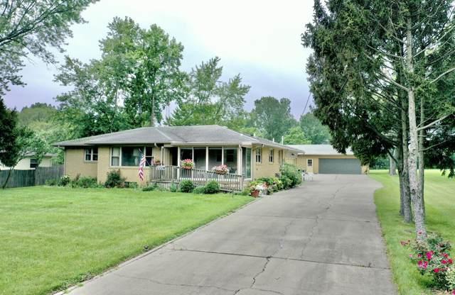 2228 Washington Avenue, St. Joseph, MI 49085 (MLS #21097520) :: Deb Stevenson Group - Greenridge Realty