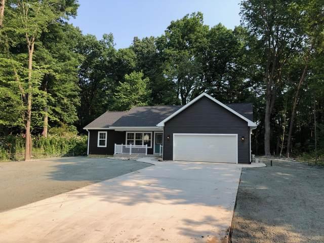 2301 Pleasant Drive, Portage, MI 49002 (MLS #21097540) :: Deb Stevenson Group - Greenridge Realty