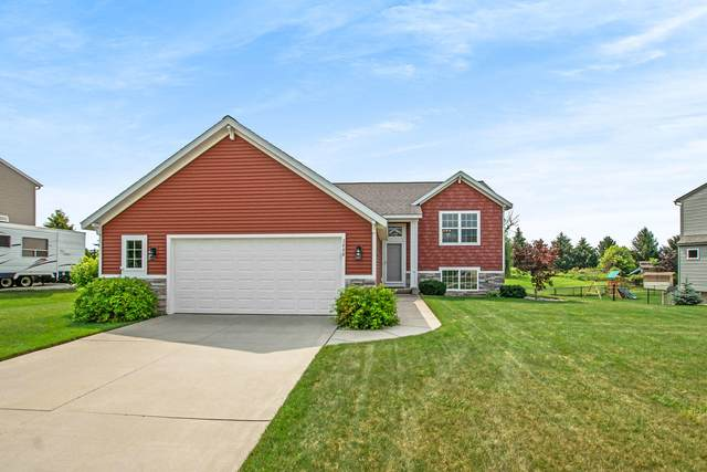 3666 Sun Ridge Drive, Hudsonville, MI 49426 (MLS #21097547) :: Deb Stevenson Group - Greenridge Realty