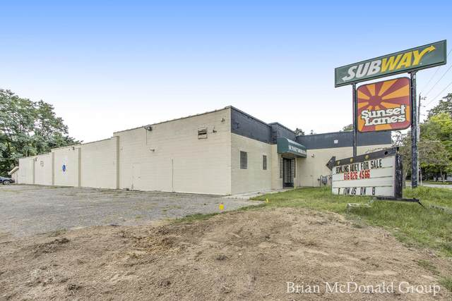 504 Western Avenue, Allegan, MI 49010 (MLS #21097575) :: Ron Ekema Team