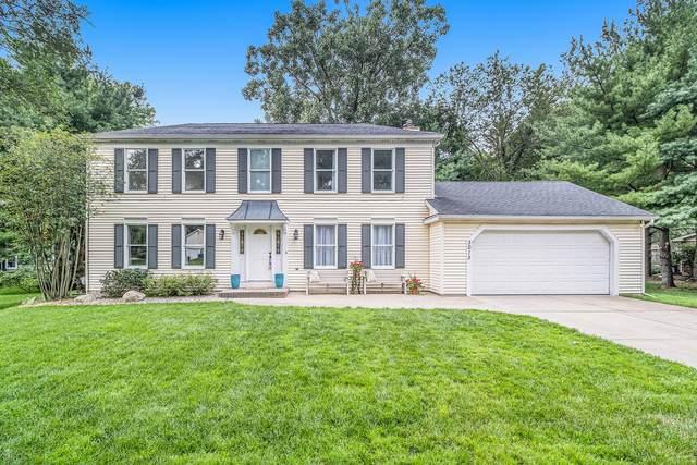 3013 Applelane Avenue, Kalamazoo, MI 49008 (MLS #21097636) :: Deb Stevenson Group - Greenridge Realty