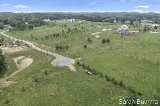 5827 Golden Hollow Drive SE #17, Grand Rapids, MI 49512 (MLS #21097659) :: BlueWest Properties