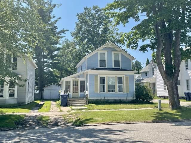 133 W Slosson Avenue, Reed City, MI 49677 (MLS #21097662) :: BlueWest Properties