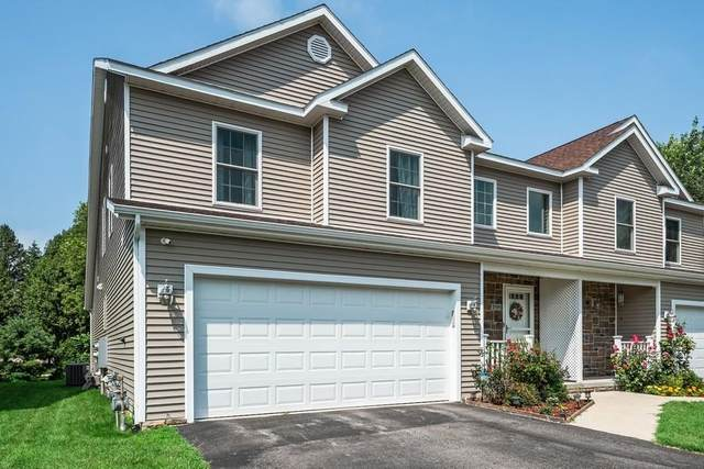 2505 Holiday House Road, St. Joseph, MI 49085 (MLS #21097741) :: The Hatfield Group