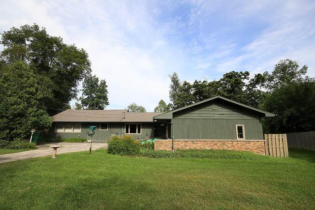 2427 Creek Road, Niles, MI 49120 (MLS #21097862) :: BlueWest Properties
