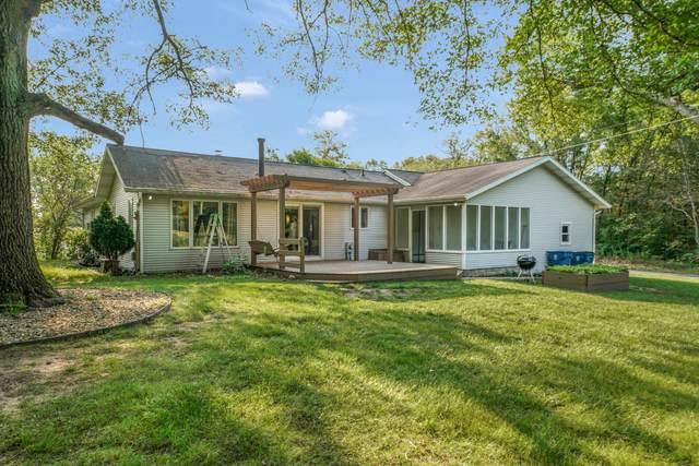 8210 W R S Avenue, Schoolcraft, MI 49087 (MLS #21097895) :: BlueWest Properties