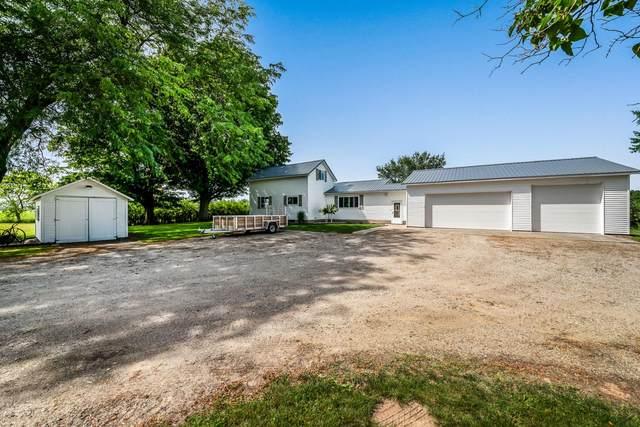 7882 S Comstock Avenue, Fremont, MI 49412 (MLS #21097908) :: Deb Stevenson Group - Greenridge Realty