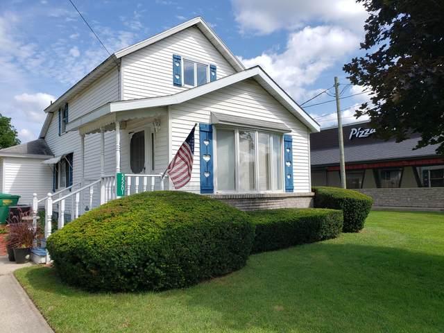 55201 N M 51 N, Dowagiac, MI 49047 (MLS #21097949) :: BlueWest Properties