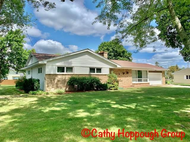 68 Greenfield Drive, Ionia, MI 48846 (MLS #21097974) :: BlueWest Properties
