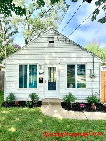 3447 Birchwood Avenue SW, Grand Rapids, MI 49548 (MLS #21098016) :: Deb Stevenson Group - Greenridge Realty