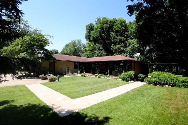 6317 Indian Trail, Three Oaks, MI 49128 (MLS #21098115) :: BlueWest Properties