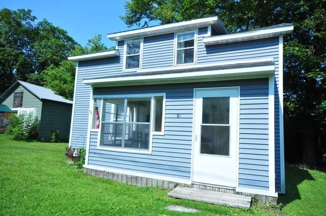 91 N Fair Street, Newaygo, MI 49337 (MLS #21098128) :: BlueWest Properties