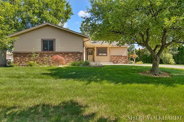 165 Ann Street, Coopersville, MI 49404 (MLS #21098152) :: BlueWest Properties