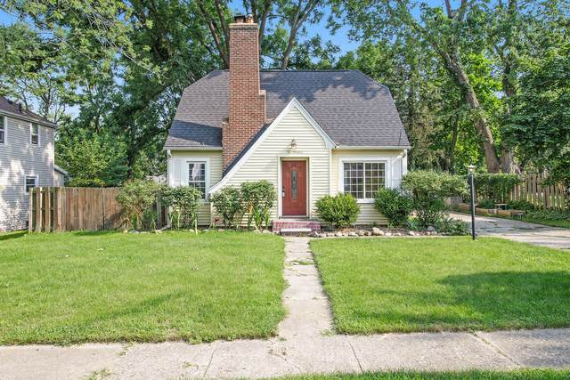 219 Colonial Avenue, Portage, MI 49002 (MLS #21098156) :: JH Realty Partners