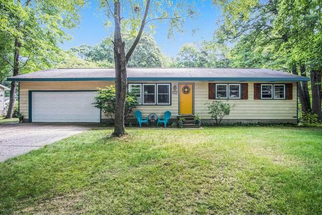 6304 S Walker Road, Fruitport, MI 49415 (MLS #21098187) :: BlueWest Properties
