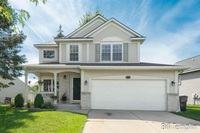 5721 E Grove Drive SE, Kentwood, MI 49512 (MLS #21098188) :: BlueWest Properties