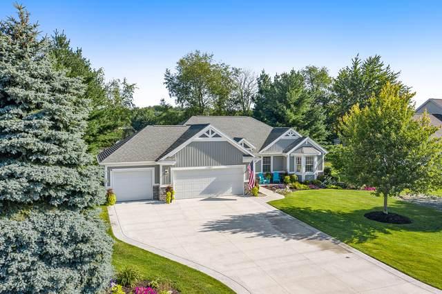 9483 Bluff Lake Street, Zeeland, MI 49464 (MLS #21098224) :: BlueWest Properties