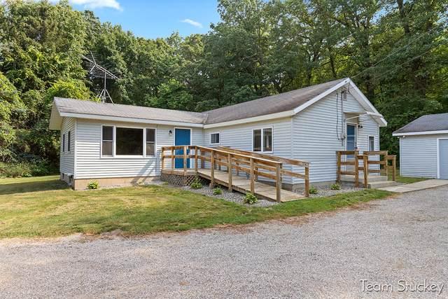 7864 Herrington Avenue NE, Belmont, MI 49306 (MLS #21098442) :: BlueWest Properties
