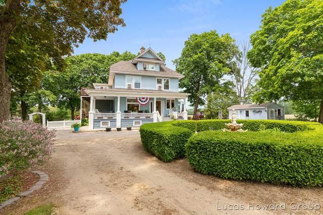 2254 S 58th Street, Fennville, MI 49408 (MLS #21098473) :: BlueWest Properties