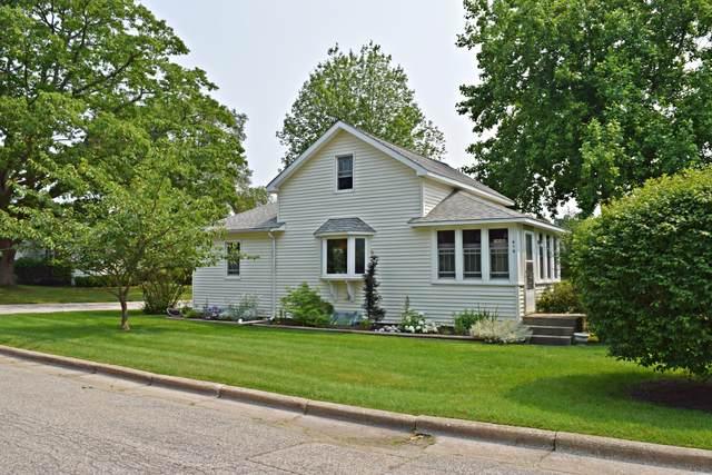 610 St Paul Street, Ludington, MI 49431 (MLS #21098548) :: BlueWest Properties