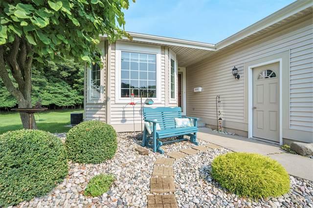 3857 Fairway Drive #24, Norton Shores, MI 49441 (MLS #21098617) :: BlueWest Properties