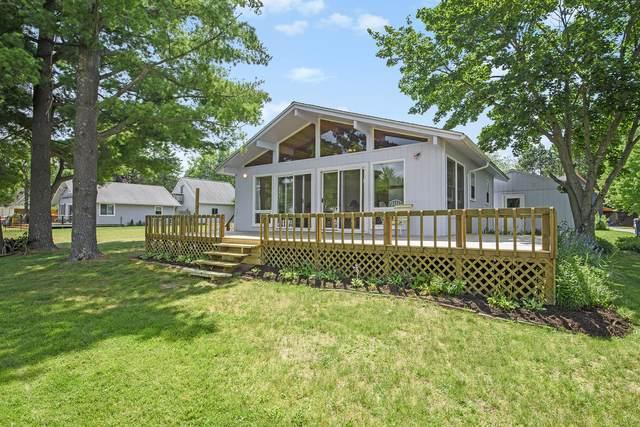 17410 Apache Trail, Howard City, MI 49329 (MLS #21098643) :: BlueWest Properties