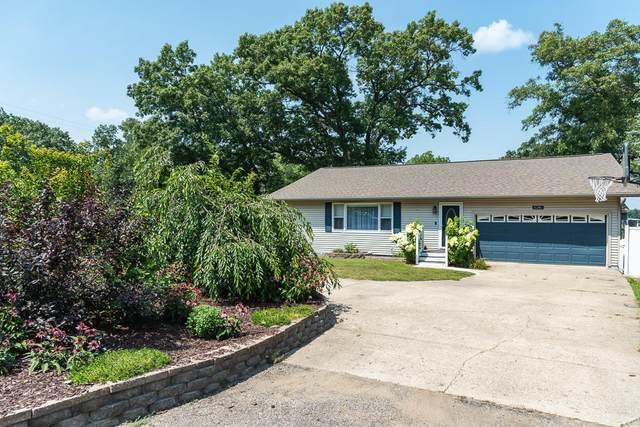 8248 W Q Avenue, Kalamazoo, MI 49009 (MLS #21098658) :: BlueWest Properties