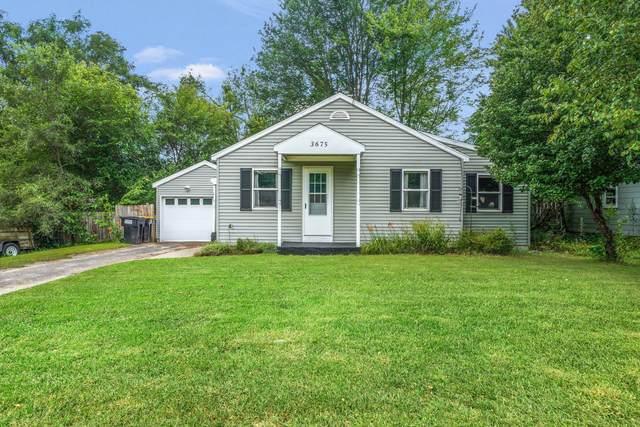 3675 Auburn Avenue NE, Grand Rapids, MI 49525 (MLS #21098754) :: BlueWest Properties