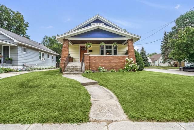 832 Graceland Street NE, Grand Rapids, MI 49505 (MLS #21098787) :: BlueWest Properties