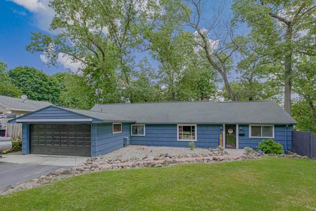2571 Parkside Drive, Jackson, MI 49203 (MLS #21098859) :: BlueWest Properties