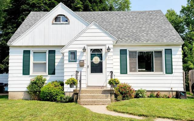 311 SE Eola Street SE, Grand Rapids, MI 49507 (MLS #21098876) :: BlueWest Properties