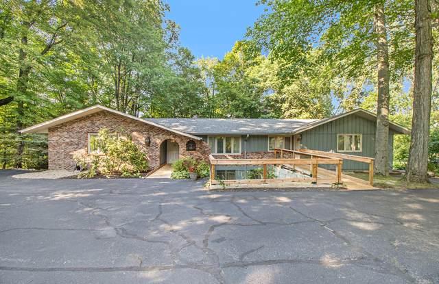 2693 Ridgewood Trail, Berrien Springs, MI 49103 (MLS #21101419) :: Sold by Stevo Team | @Home Realty