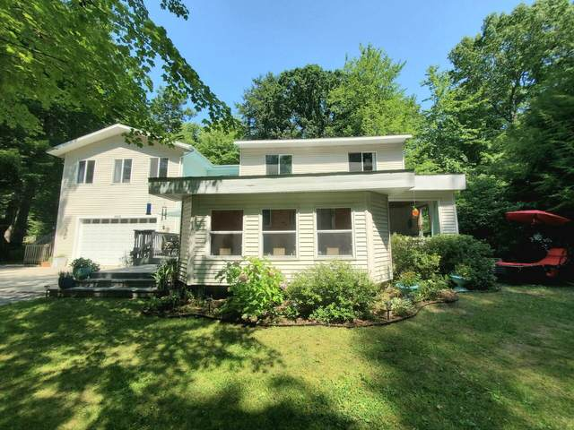 9068 Chippewa Trail, Shelby, MI 49455 (MLS #21101712) :: Sold by Stevo Team | @Home Realty