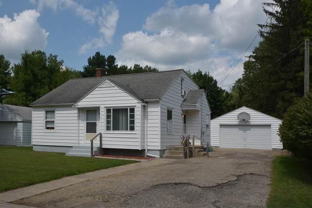 220 W North Street, Paw Paw, MI 49079 (MLS #21101814) :: CENTURY 21 C. Howard