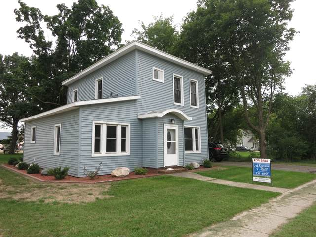 204 E Delaware Street, Decatur, MI 49045 (MLS #21102120) :: Sold by Stevo Team   @Home Realty