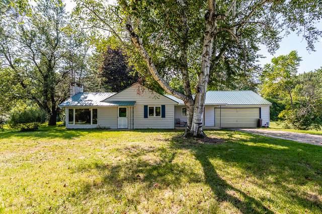 3720 S Hillsdale Road, Hillsdale, MI 49242 (MLS #21102138) :: Sold by Stevo Team | @Home Realty