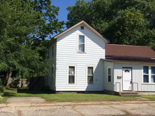 303 E Wayne Street, Dowagiac, MI 49047 (MLS #21102863) :: Sold by Stevo Team | @Home Realty