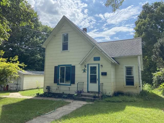 212 Prospect Street, Decatur, MI 49045 (MLS #21103039) :: Sold by Stevo Team   @Home Realty
