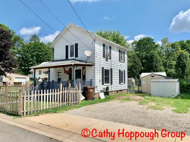 512 Pleasant Street, Ionia, MI 48846 (MLS #21103212) :: CENTURY 21 C. Howard