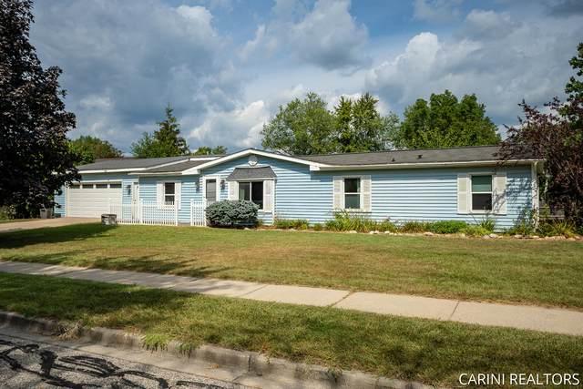 315 W Garfield Avenue, Zeeland, MI 49464 (MLS #21103799) :: Sold by Stevo Team   @Home Realty