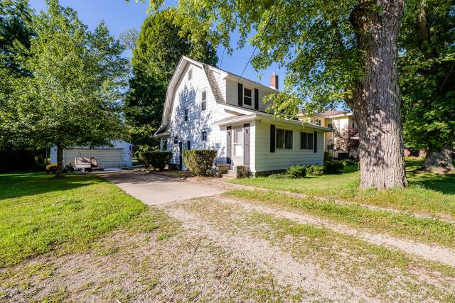 2362 Yankee Street, Niles, MI 49120 (MLS #21104001) :: Sold by Stevo Team | @Home Realty