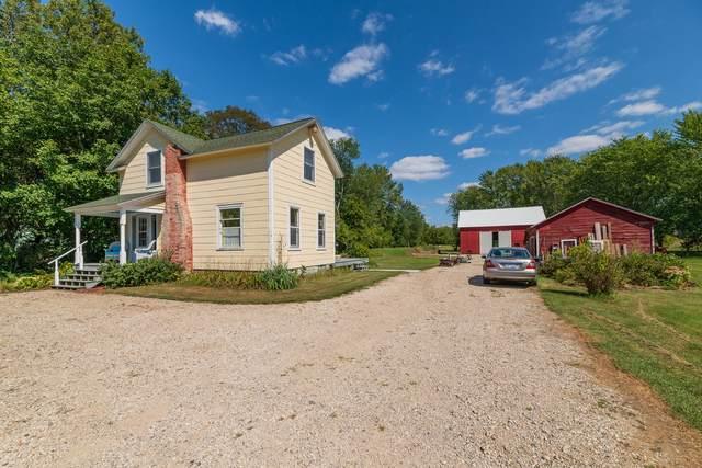 2069 68th Street, Fennville, MI 49408 (MLS #21104023) :: Sold by Stevo Team   @Home Realty