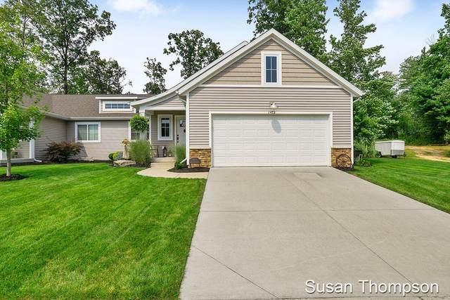 1473 Trail View Drive #14, Greenville, MI 48838 (MLS #21104773) :: Deb Stevenson Group - Greenridge Realty